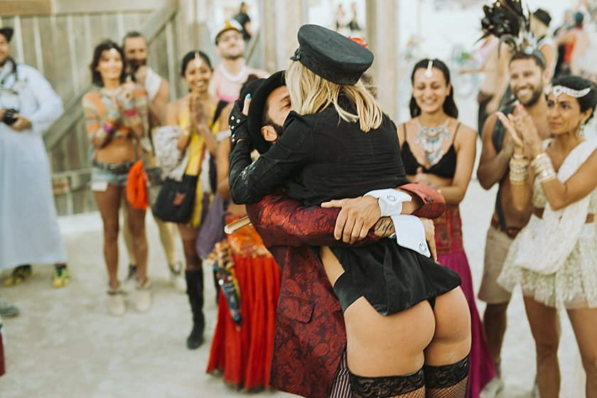 burningman_wedding_0203.jpg