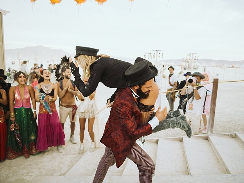 burningman_wedding_0204.jpg