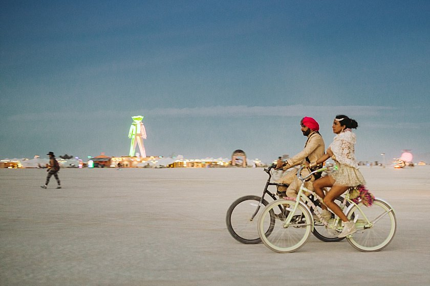 burningman_wedding_0214.jpg